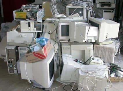 Reciclagem de Computadores (Lixo Eletrônico)