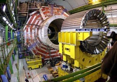 CERN recria Big Bang, o momento primordial do Universo