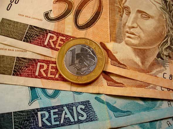 A educação financeira deveria ser ensinada nas escolas?