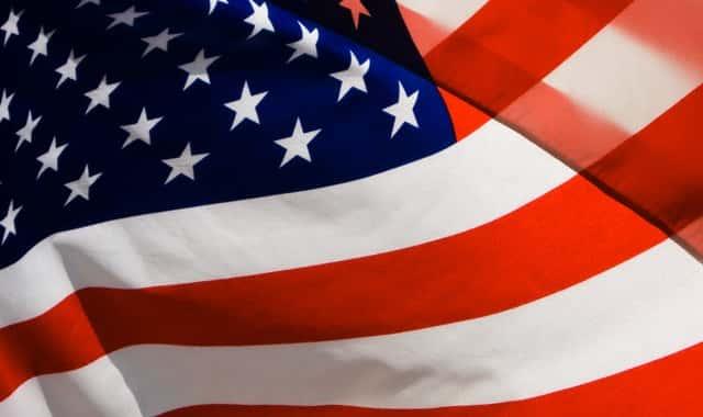 Resultado de imagem para fotos da bandeira dos estados unidos com sangue
