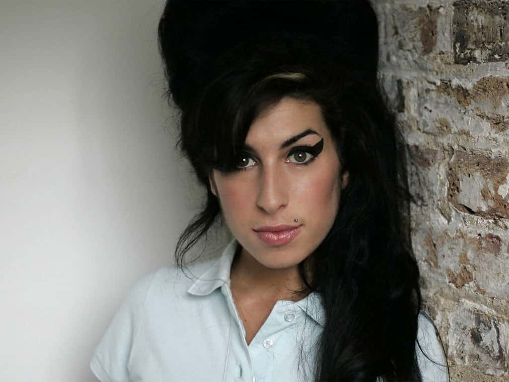 Amy Winehouse (14-09-1983 - 23-07-2011)