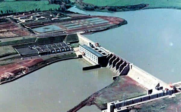 Impactos provocados por usinas hidrelétricas