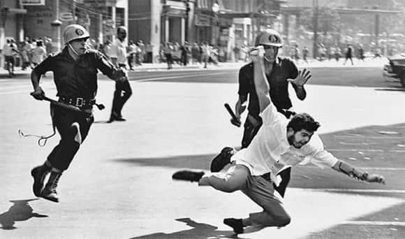 Violencia contra manifestante, ditadura