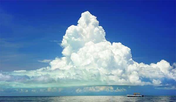 Nuvem na praia, cumulus