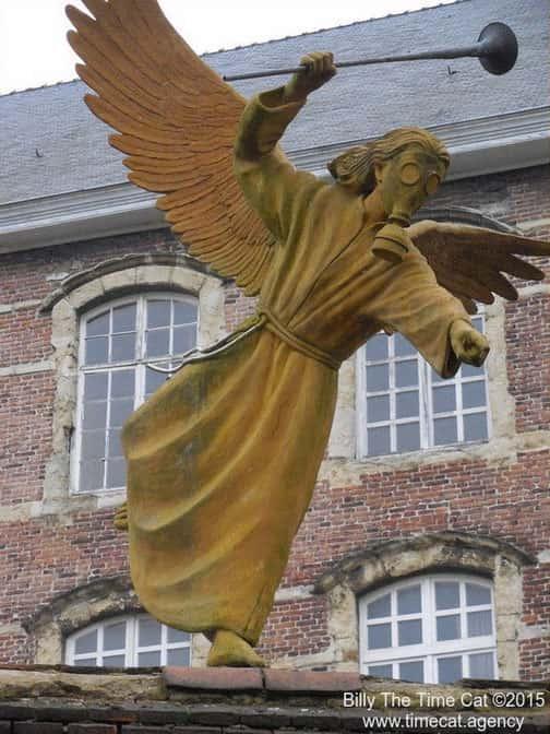 O anjo do mosteiro