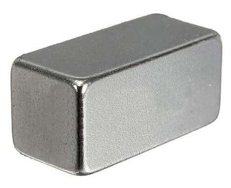 Metal Solido