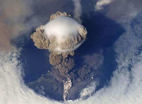 Erupção Vulcânica, Imagem aérea