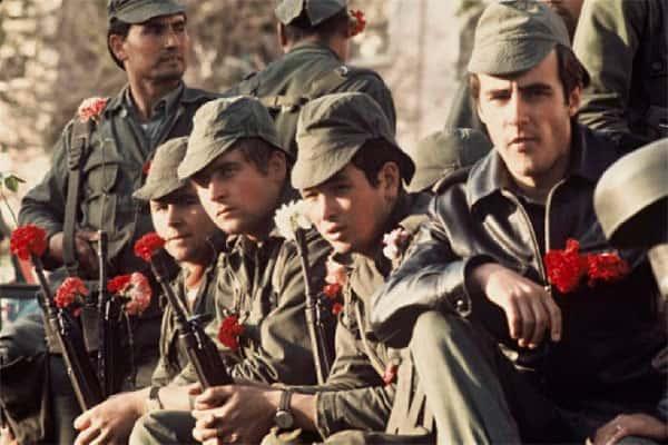 Revolução dos Cravos - Soldados