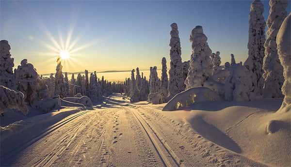 O Sol da meia noite na Finlândia